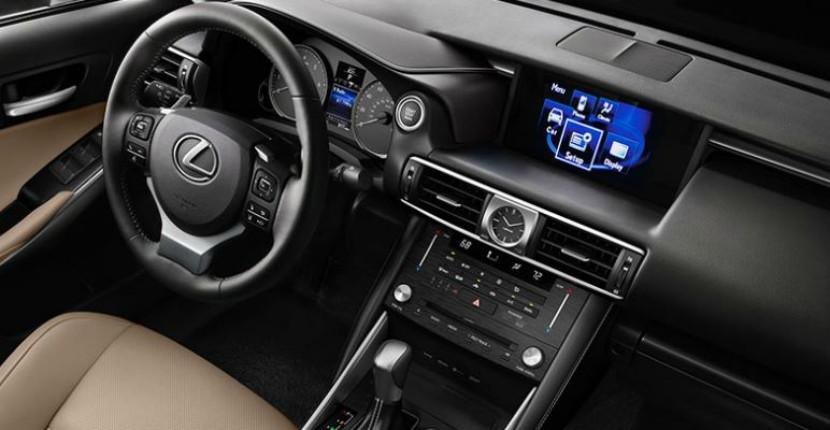 Lexus Dealer Highland Park