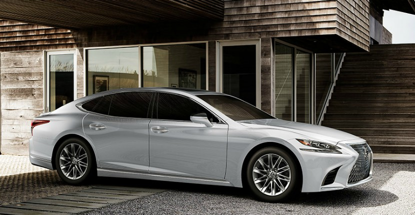What to Expect from the 2018 Lexus LS 500